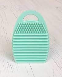 Taylored Expressions brush cleaning tool