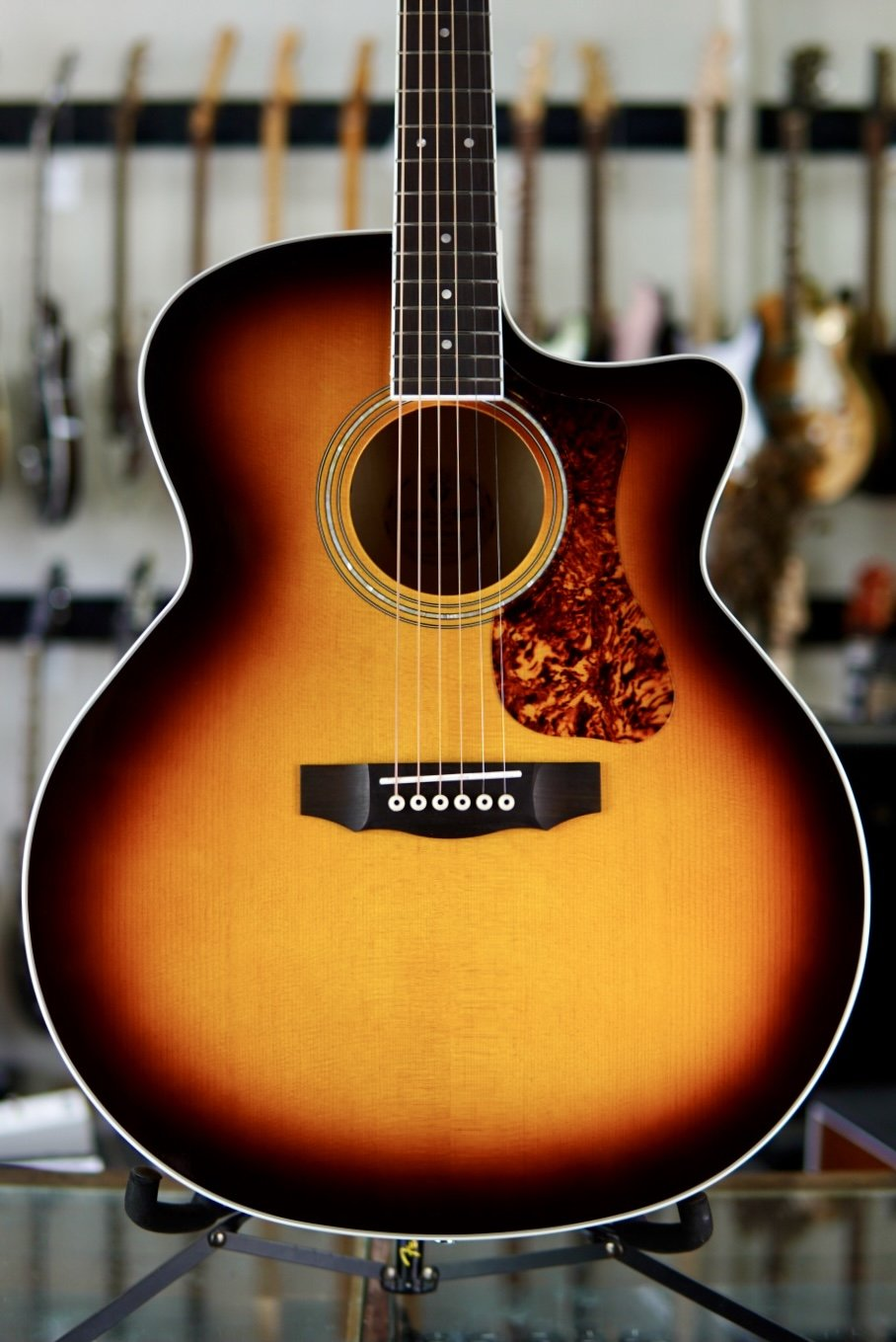 Guild F-250CE Deluxe Antique Burst Jumbo Acoustic/Electric Westerly Collection (new)