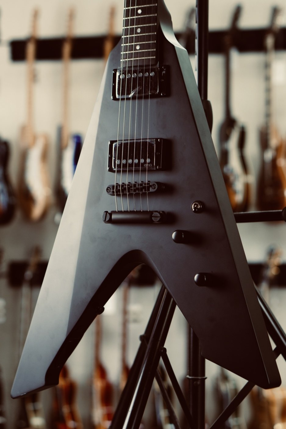 2016 ESP LTD Vulture James Hetfield Signature Series Black Satin