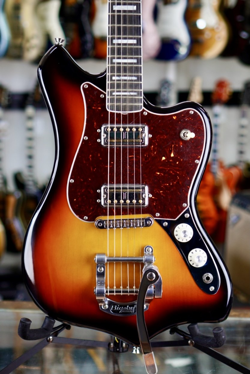 2020 Fender Parallel Universe Volume II Maverick Dorado Ultraburst