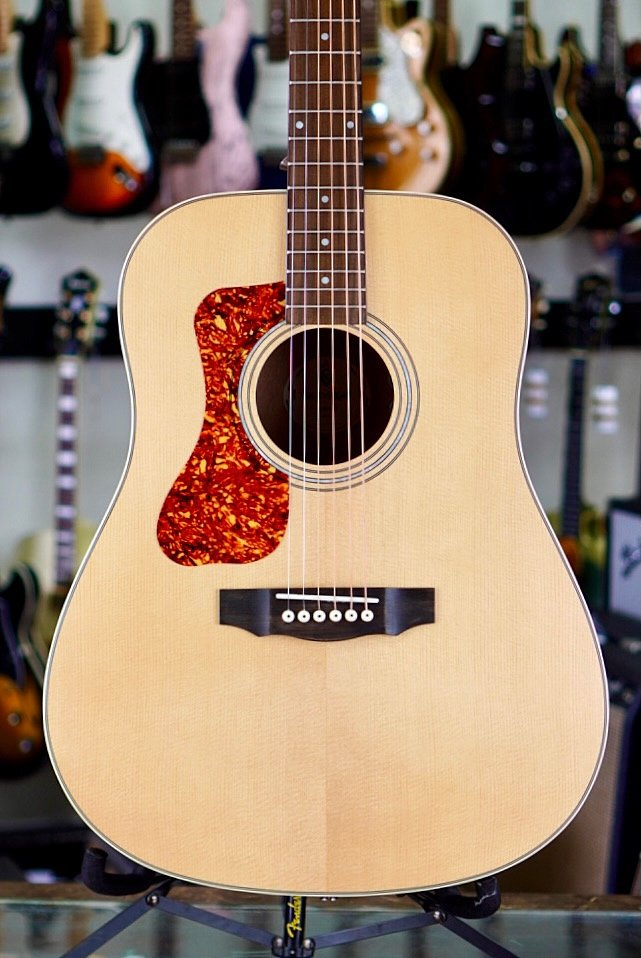 Guild D-240E Natural Left-Handed Acoustic/Electric Westerly Collection (new)