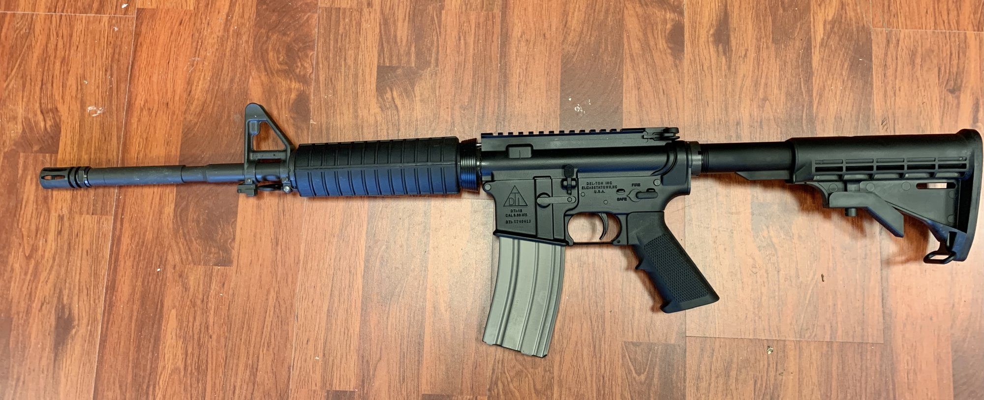 Del-Ton Echo 316 AR-15 5.56 Rifle - Black