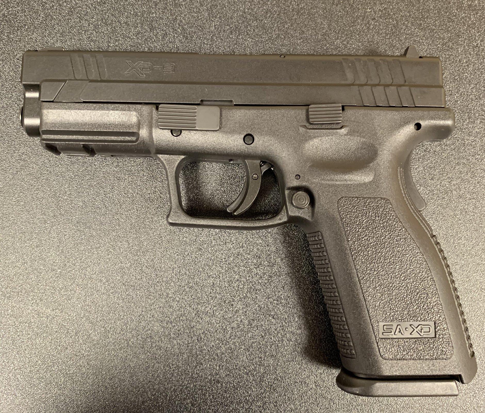 Springfield Armory XD9 9mm Pistol 4in Barrel - Black