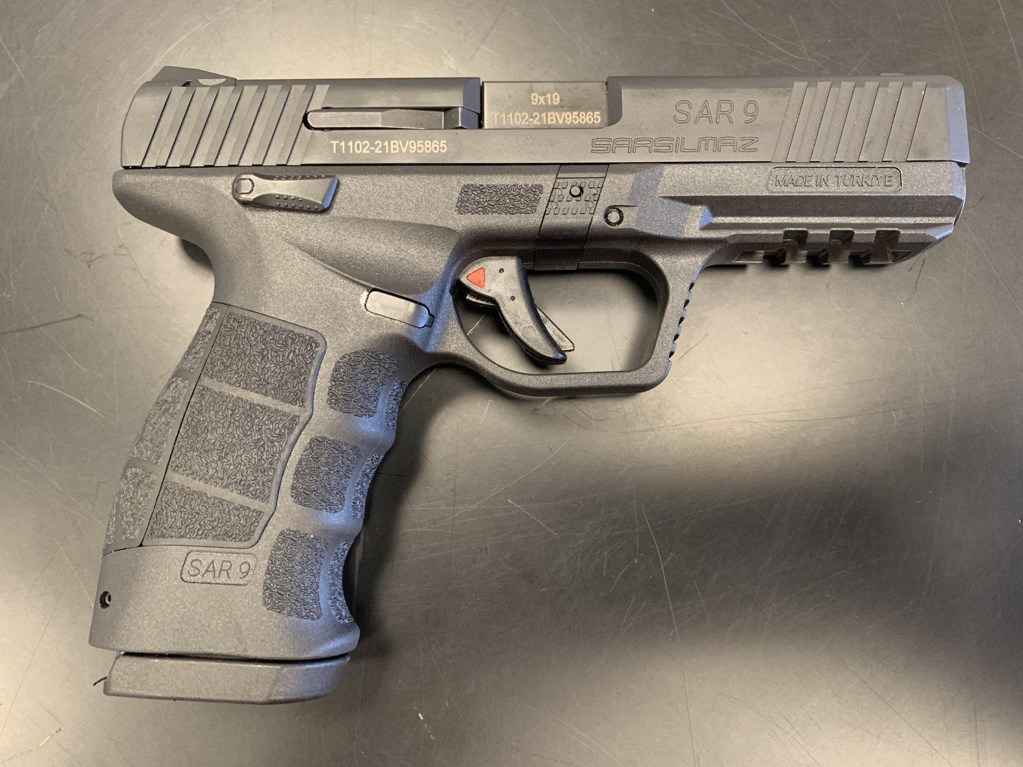 SAR-9 9mm Semi Automatic Pistol - Black