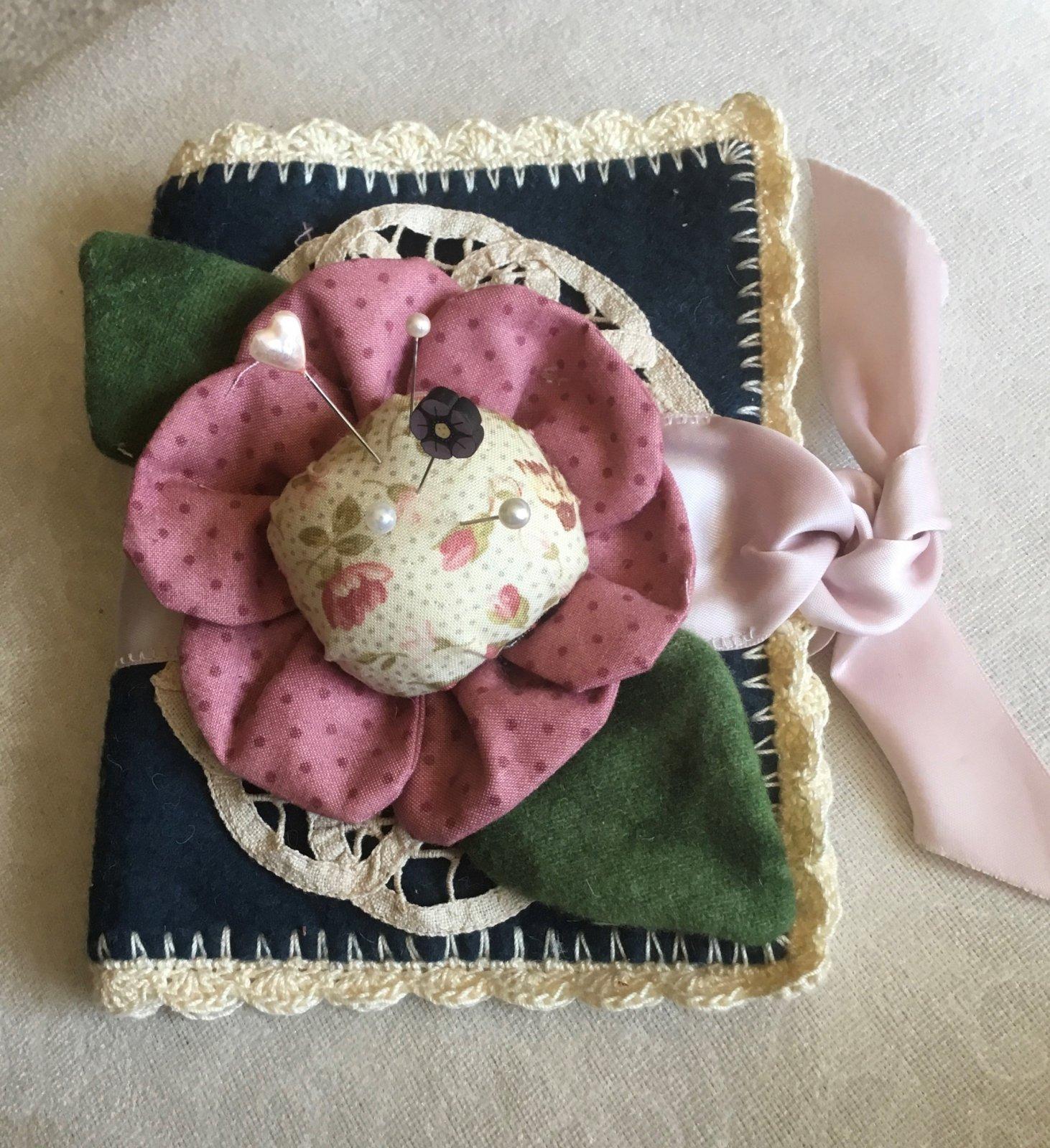 Vintage Rose Sewing Kit