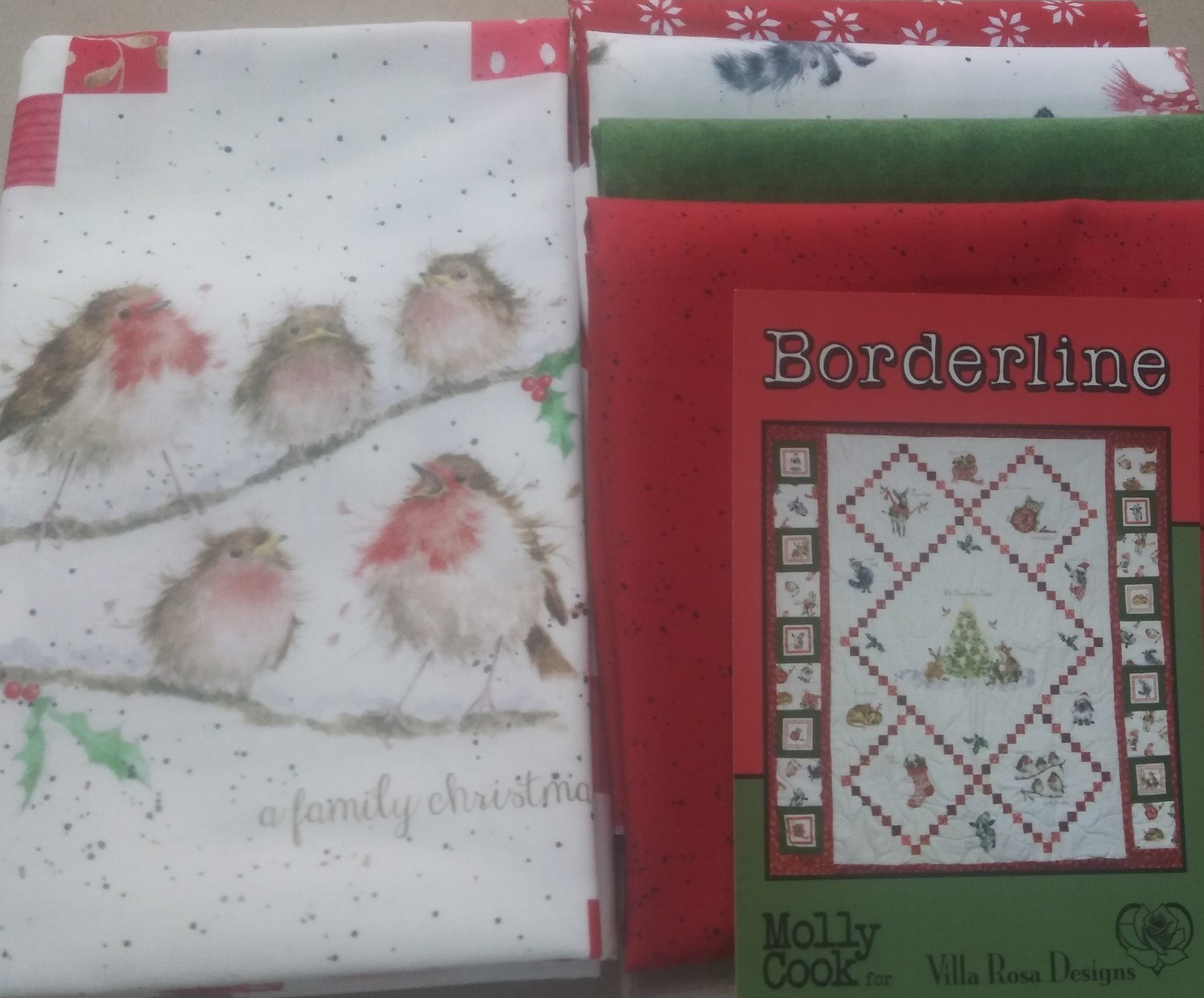 Borderline - Villa Rosa QUILT KIT - Warm Wishes/Maywood/Panel - 42 x 43