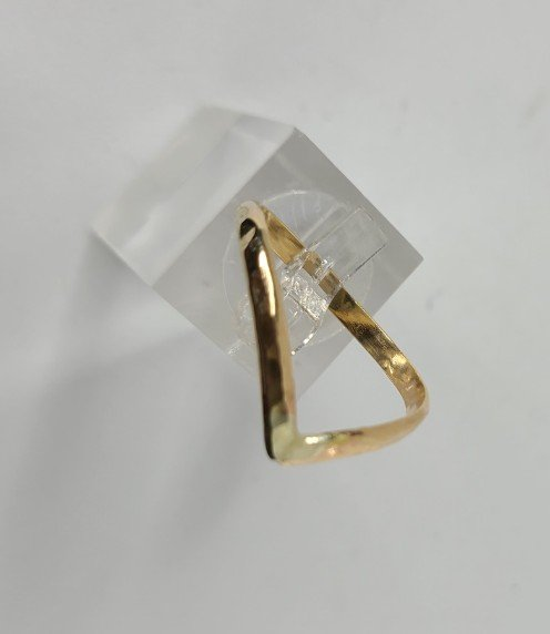 14K Gold-Fill Hammered V Big Toe