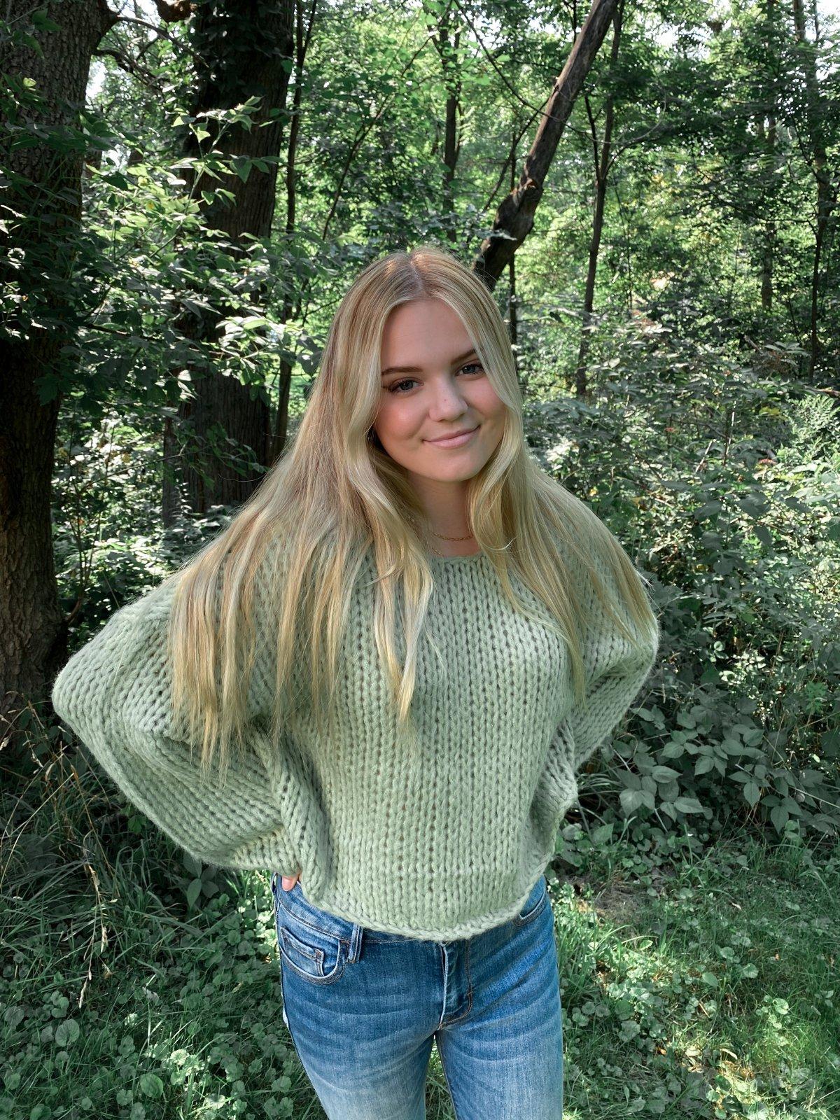 AMUSE  Minty L/S Crop Big Crochet  Sweater