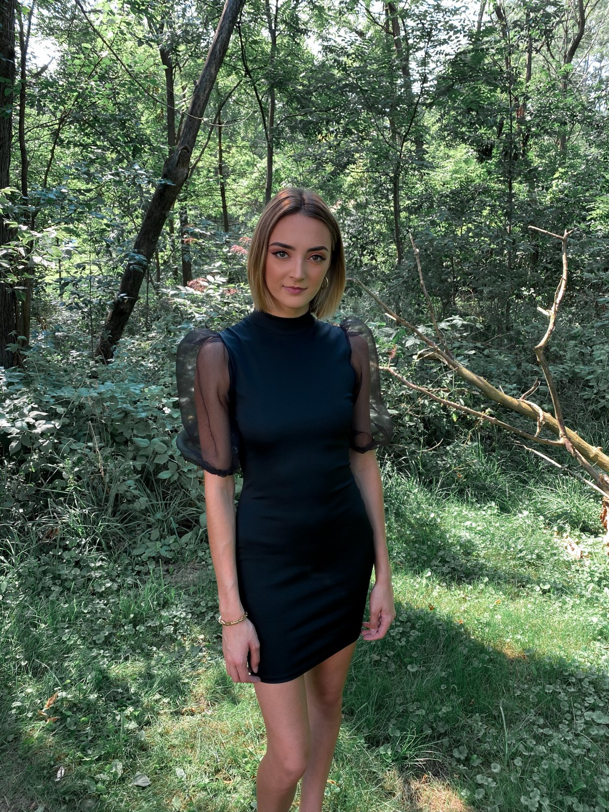 STVELLA Sheer Puff S/S Body Con Black Dress
