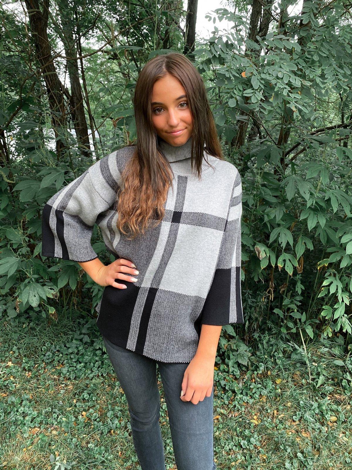 RAI Black/Grey Plaid 3/4Slv TNk Poncho Sweater