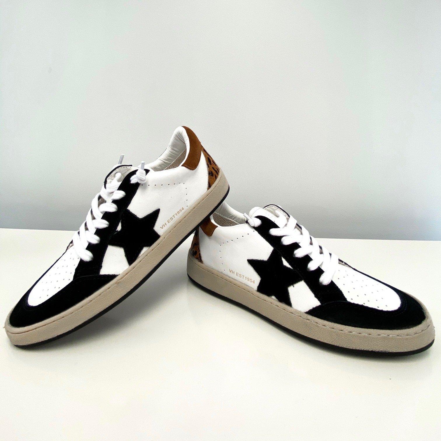VH Leopard Black Star Gym Shoe