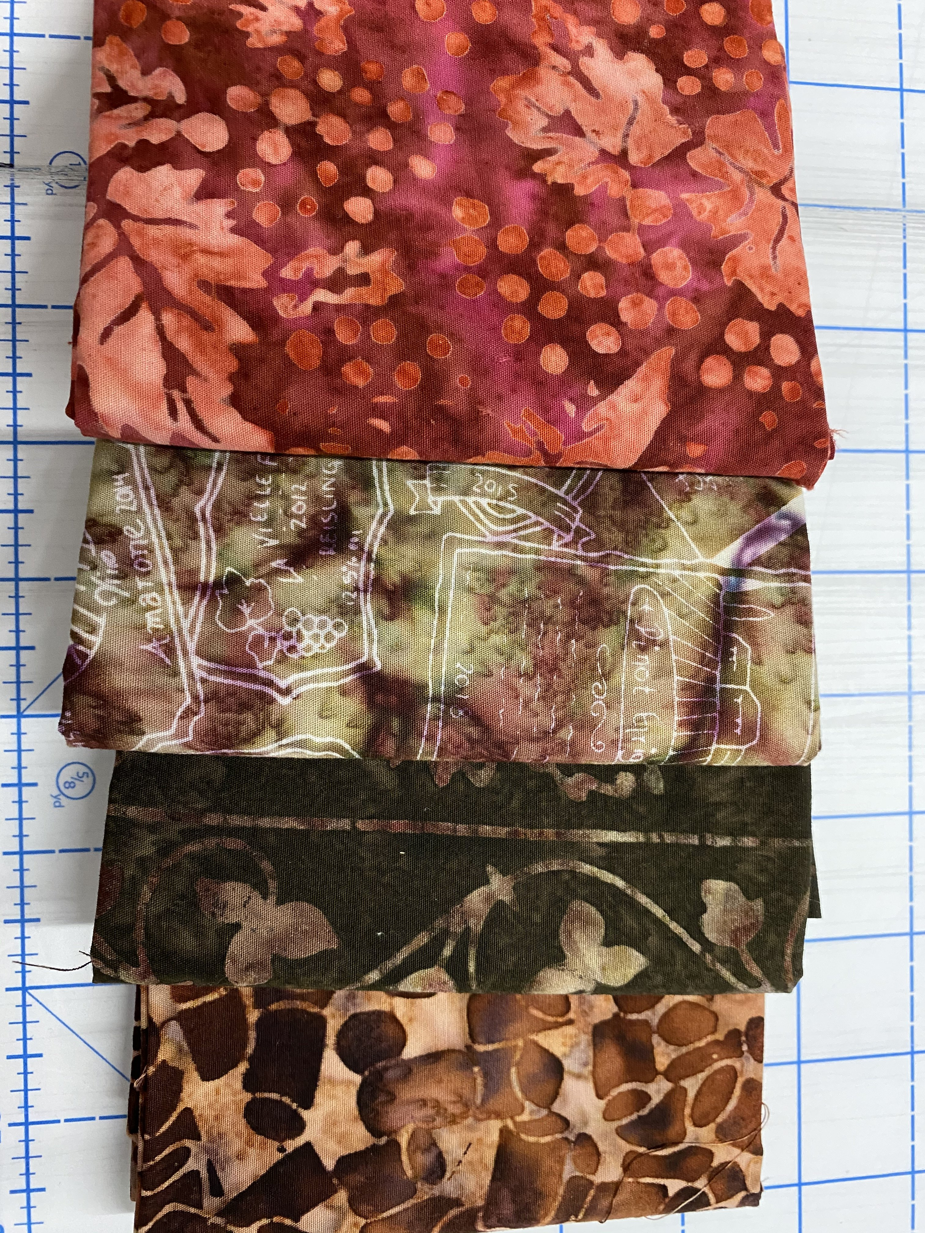 Northcott Banyan Batiks Fat Quarter Bundle 4 (4 fat Quarters)