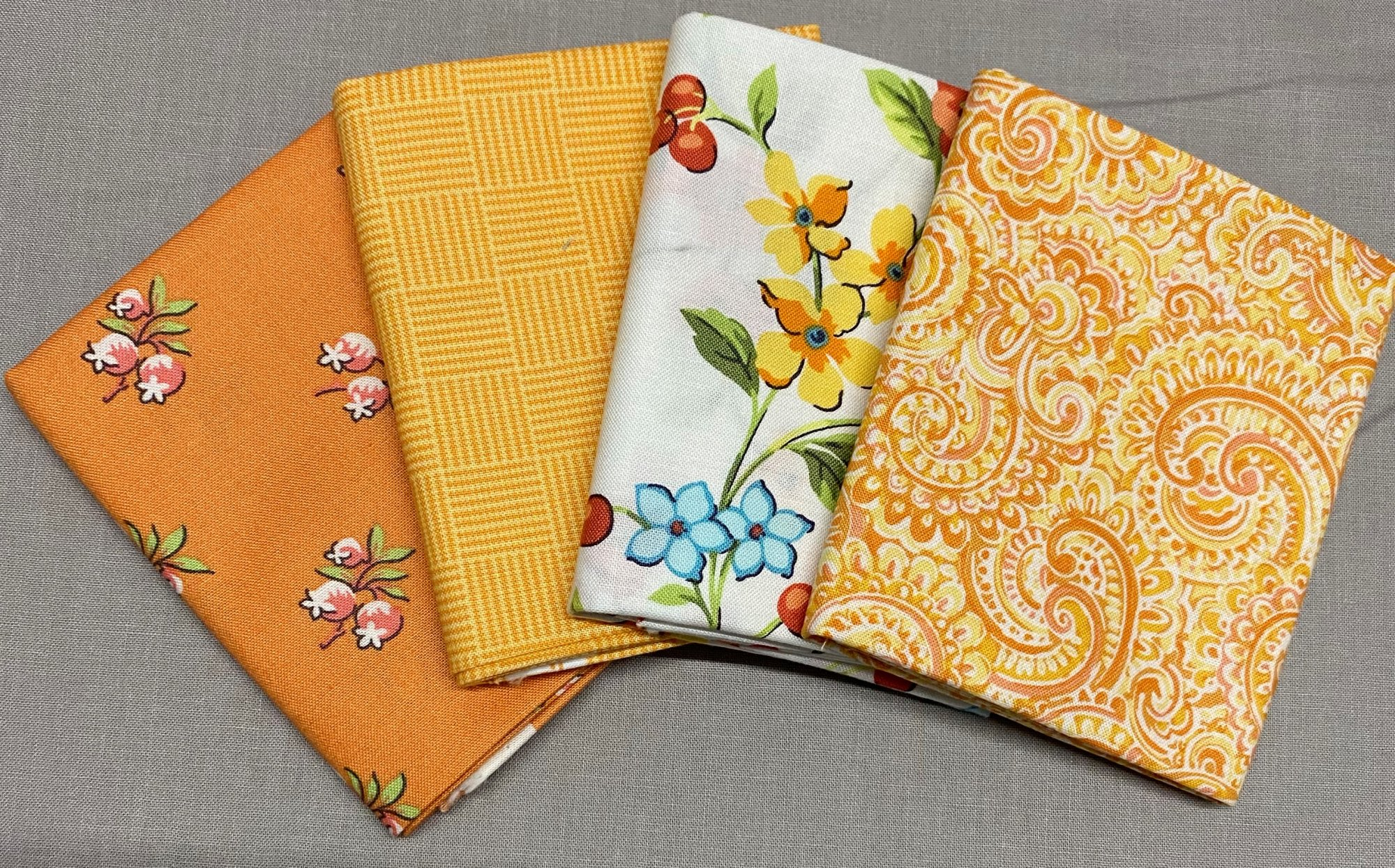 Roseberry Cottage Fat Quarter Bundle Andover Fabrics 108