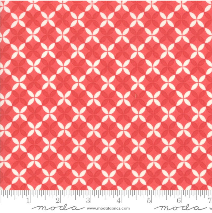 Christmas Figs II Crisscross  Pomegranate by Fig Tree & Co for Moda20356 31 Geometric Red/White