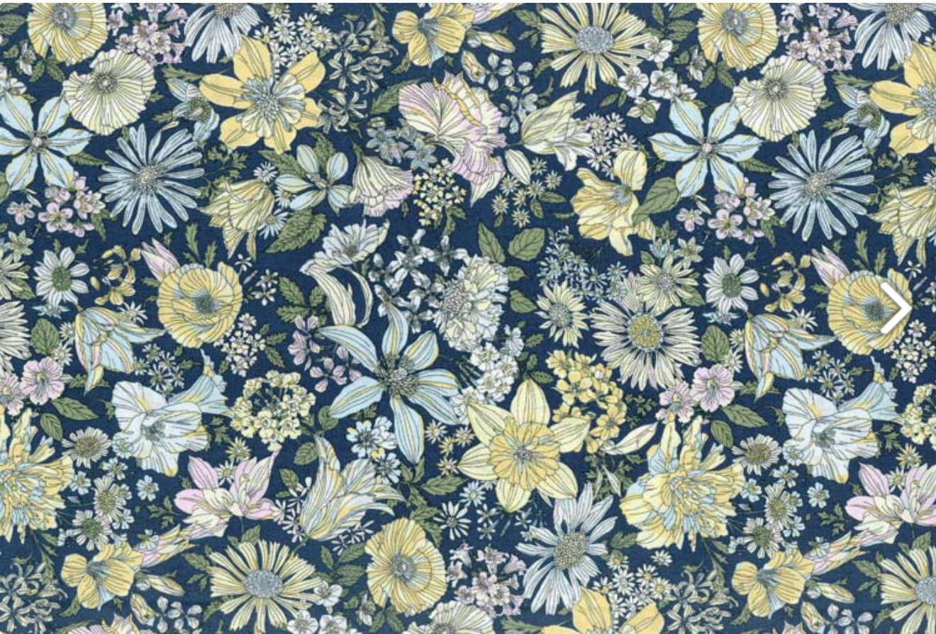 Memoire a Paris Quilt Fabric - Large Floral on Dark Blue - 820814-71 Japanese Fabric