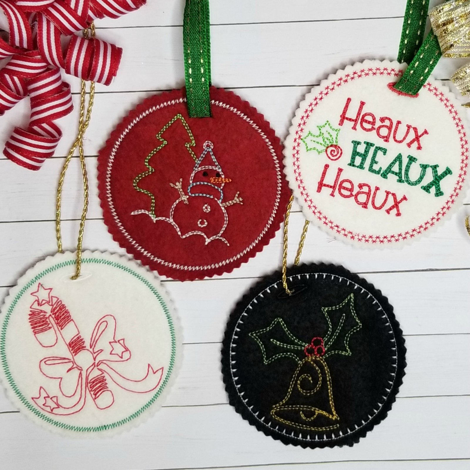 In the Hoop Christmas Applique Tags Set 2 (4 designs)
