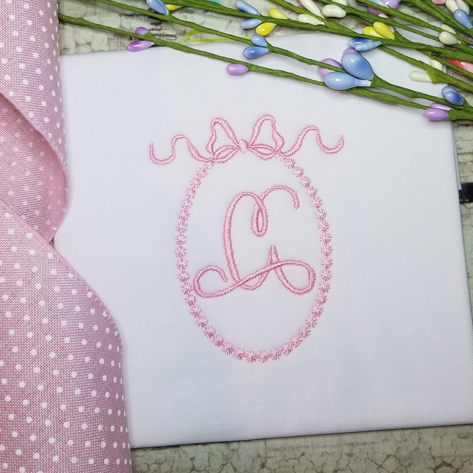 Vintage Monogram Frame with Bow Embroidery Design