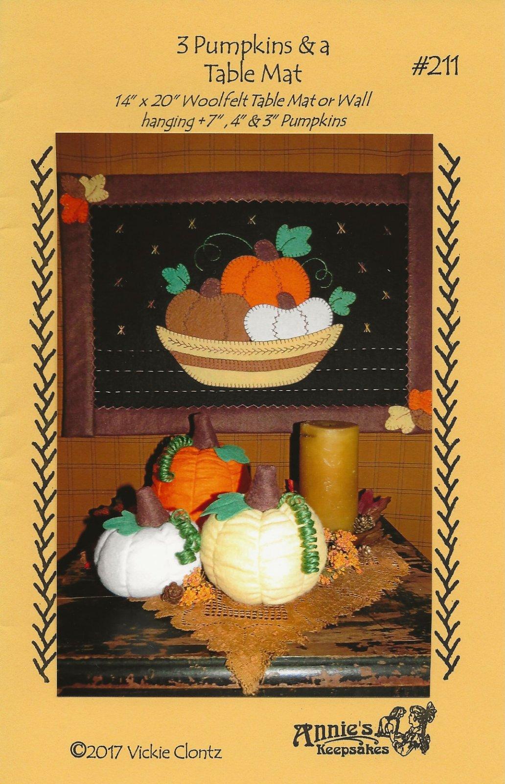 3 Pumpkins & a Table Mat