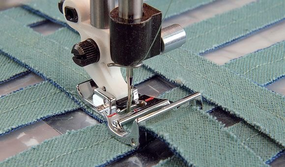 CHENILLE STITCHING FOOT