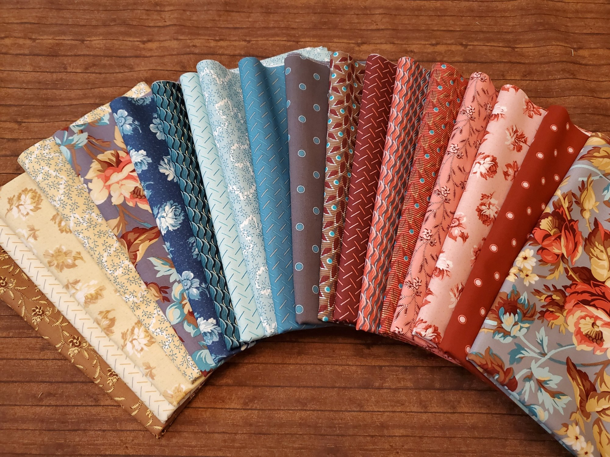 Around the Roses by Sharon McCloskey for Clothworks - 19 Piece Half Yard Bundle Pack