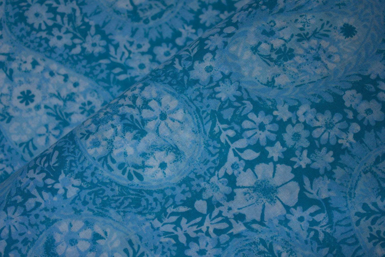 Tonal Floral Paisley