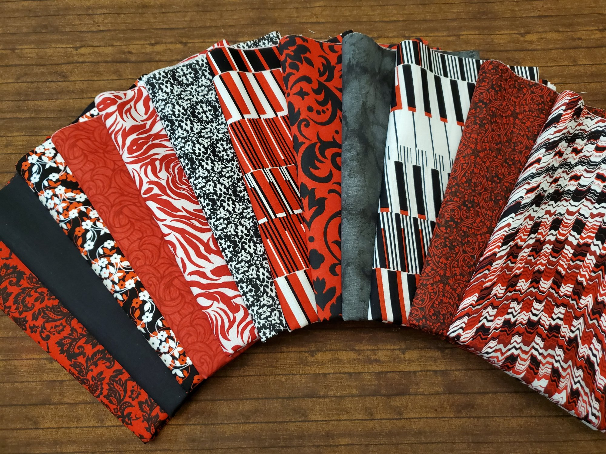 Red and Black  Combo - 11 Piece Half Yard Bundle Pack
