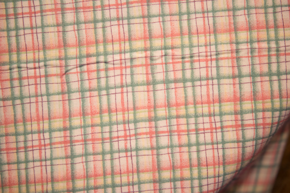 1 Yd, 28 (64) Cream Bkgnd with Green and Pink Plaid
