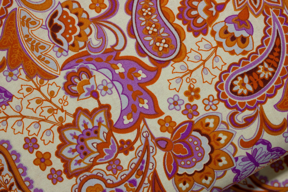 Cassandra: Paisley in Orange and Orchid by Fabri-Quilt