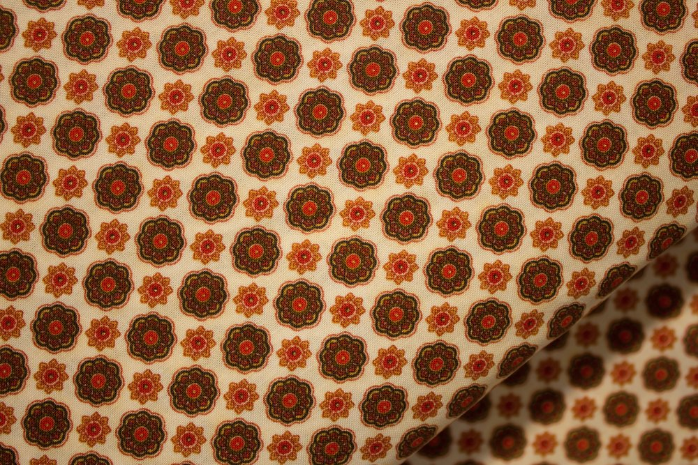 Topaz - Medallions in Orange and Brown - for Fabri-Quilt