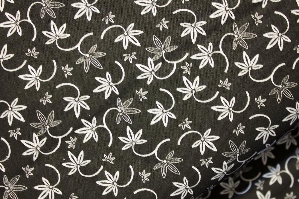 Black and White Garden 12