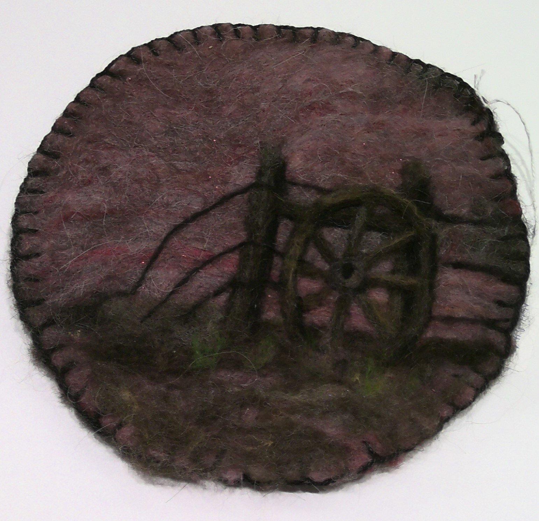 Needlefelted Wagon Wheel Mat