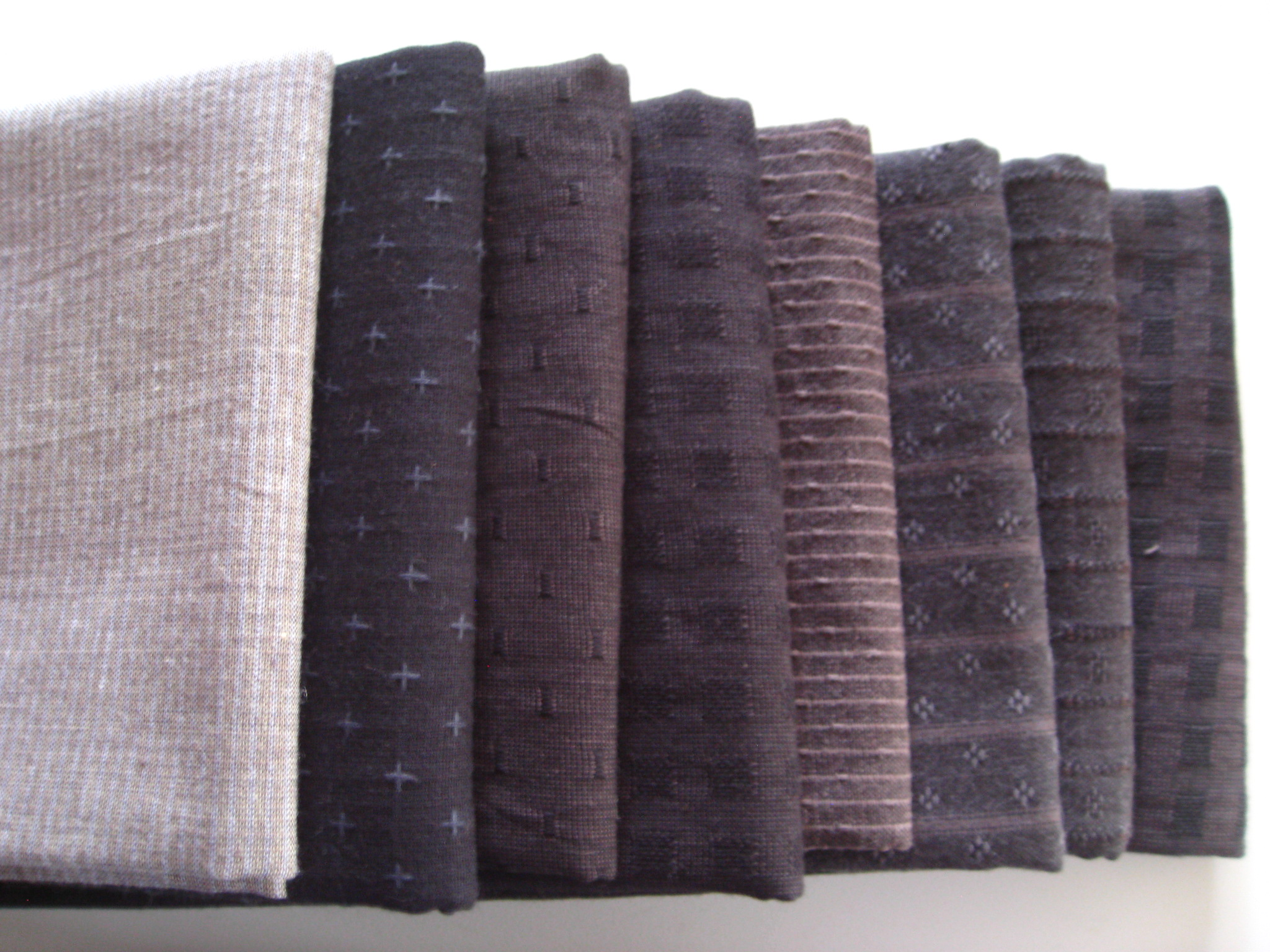 Bundle Black Fat Quarter Homespuns