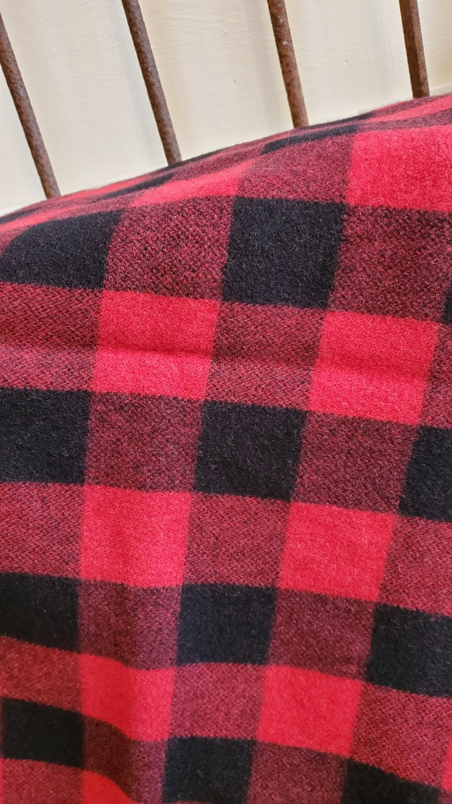100% wool Buffalo Plaid