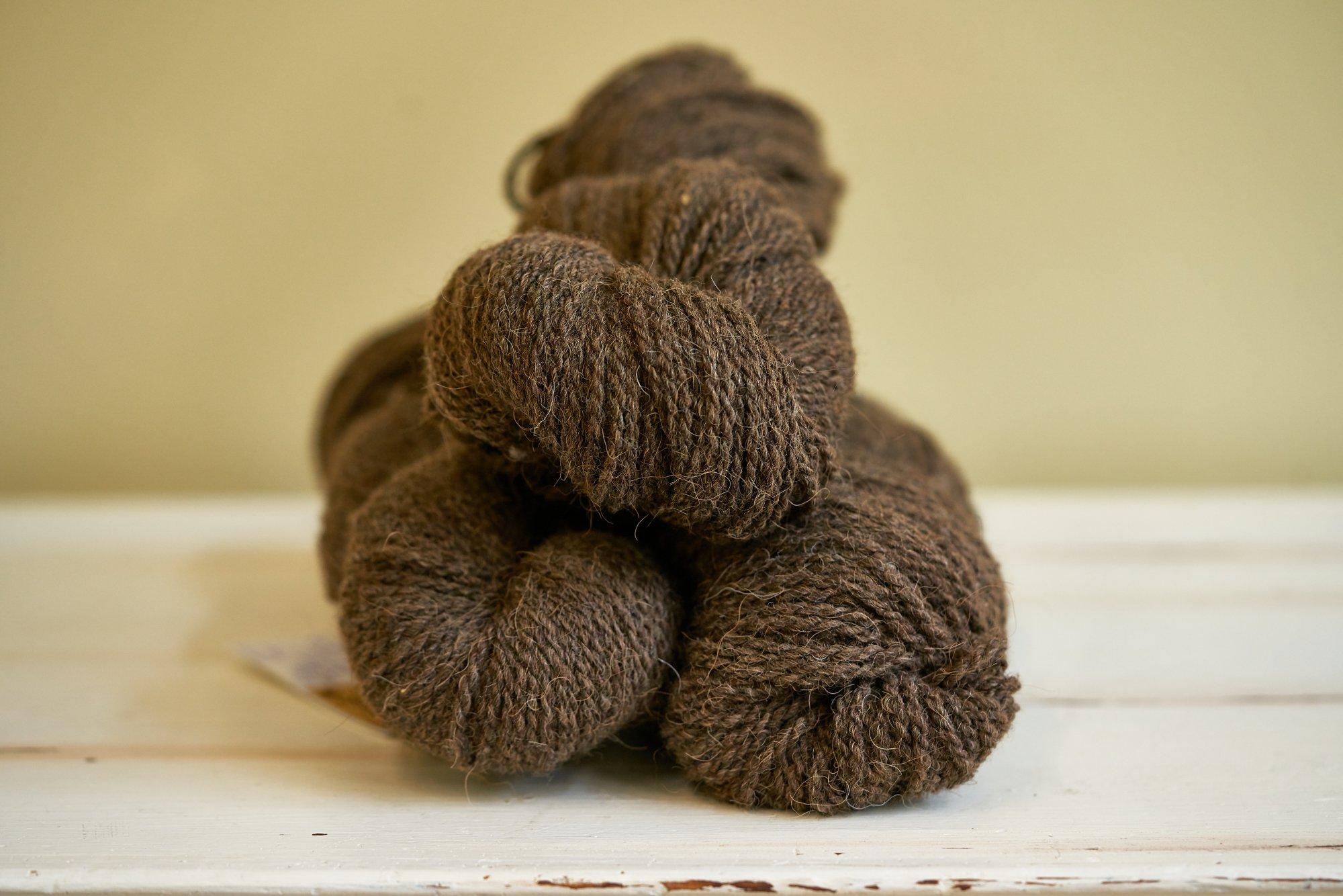 Petty Worsted Yarn 20 Bison, 15 Alpaca, 65 dk Wool