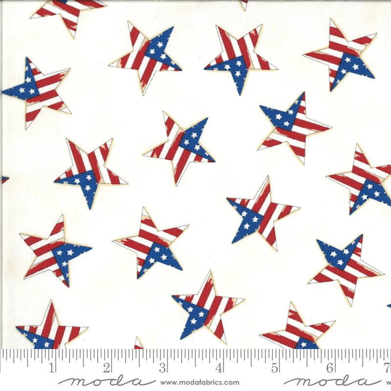19988 12 Moda America the Beautiful Tossed Flag Star - White