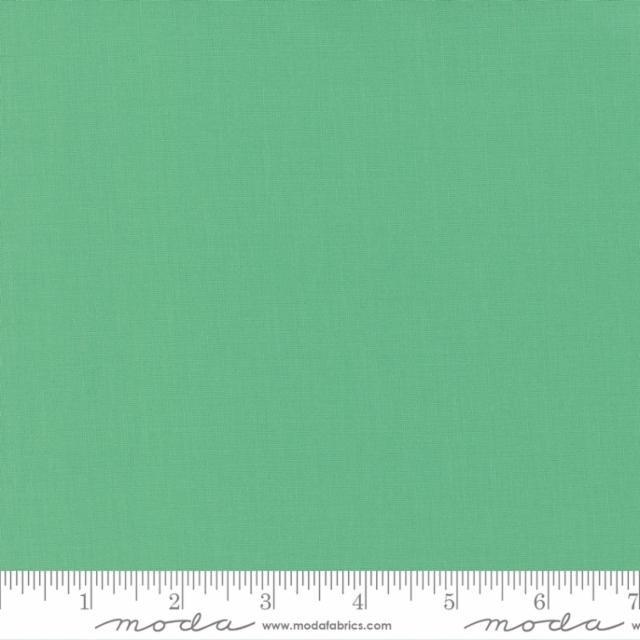 9900 121 - Moda Bella Solid - Betty's Green