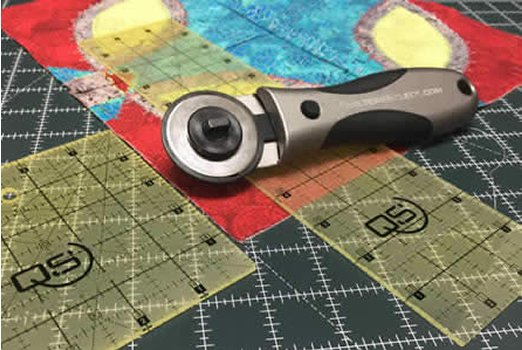 Quilters Select rotary cutter, 45 mm