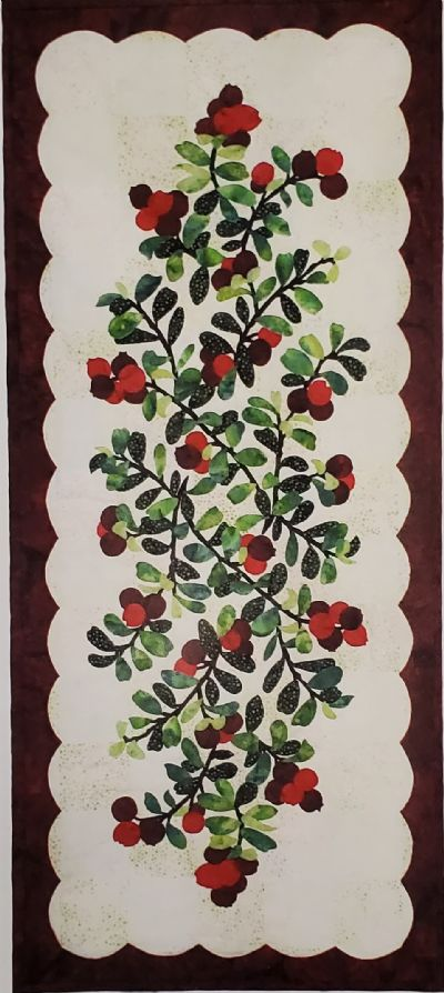 Berry Bliss Table Runner