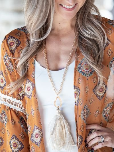 So in Style Beaded Necklace with Teardrop Pendant and Lace Tassel