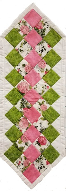 Fast Table Runner Kit from The Creative Needle