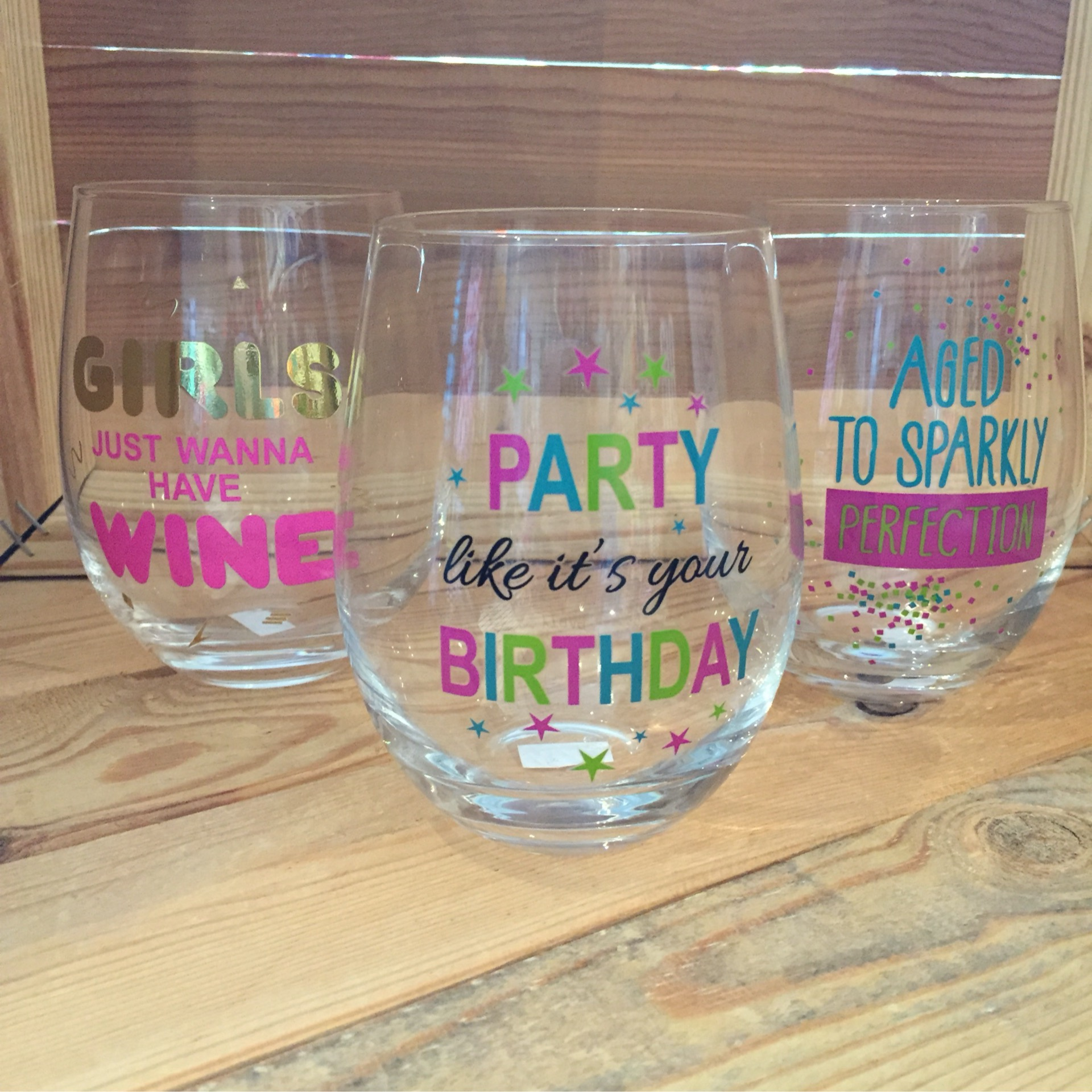 Wine Glasses (Party, Aged, Girls)