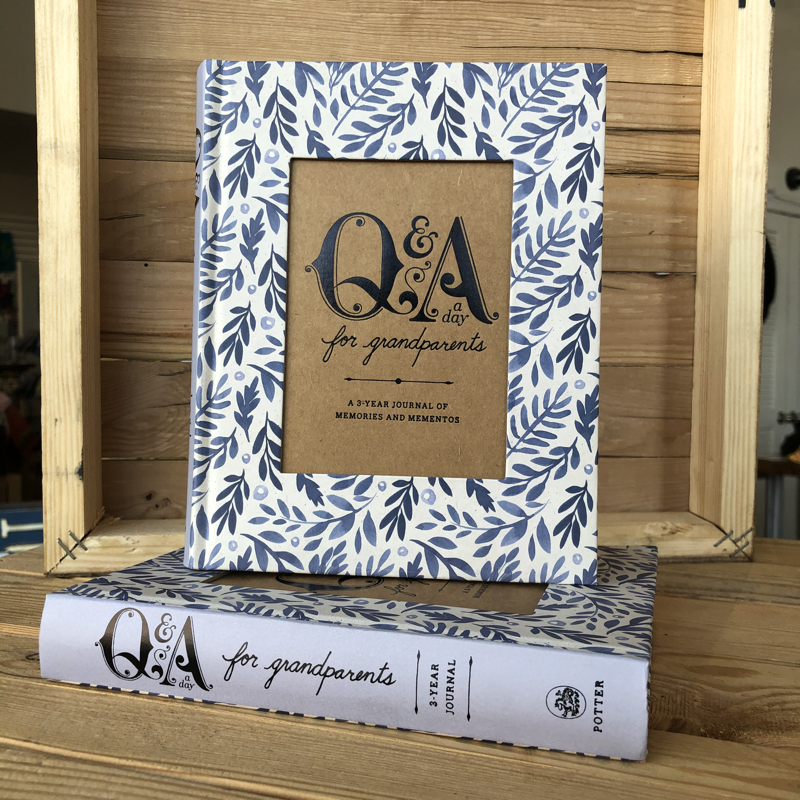 Q & A a Day for Grandparents Book