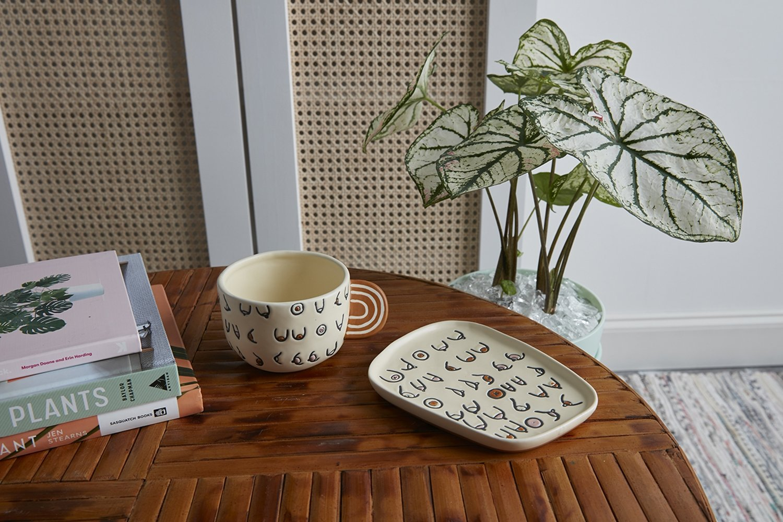 Hieroglyphics Dish and Mug