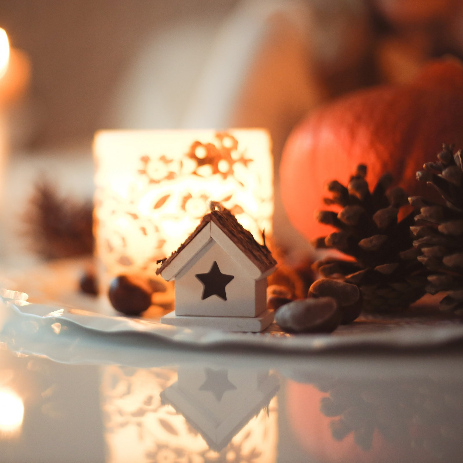 812 Candle - Home for the Holidays