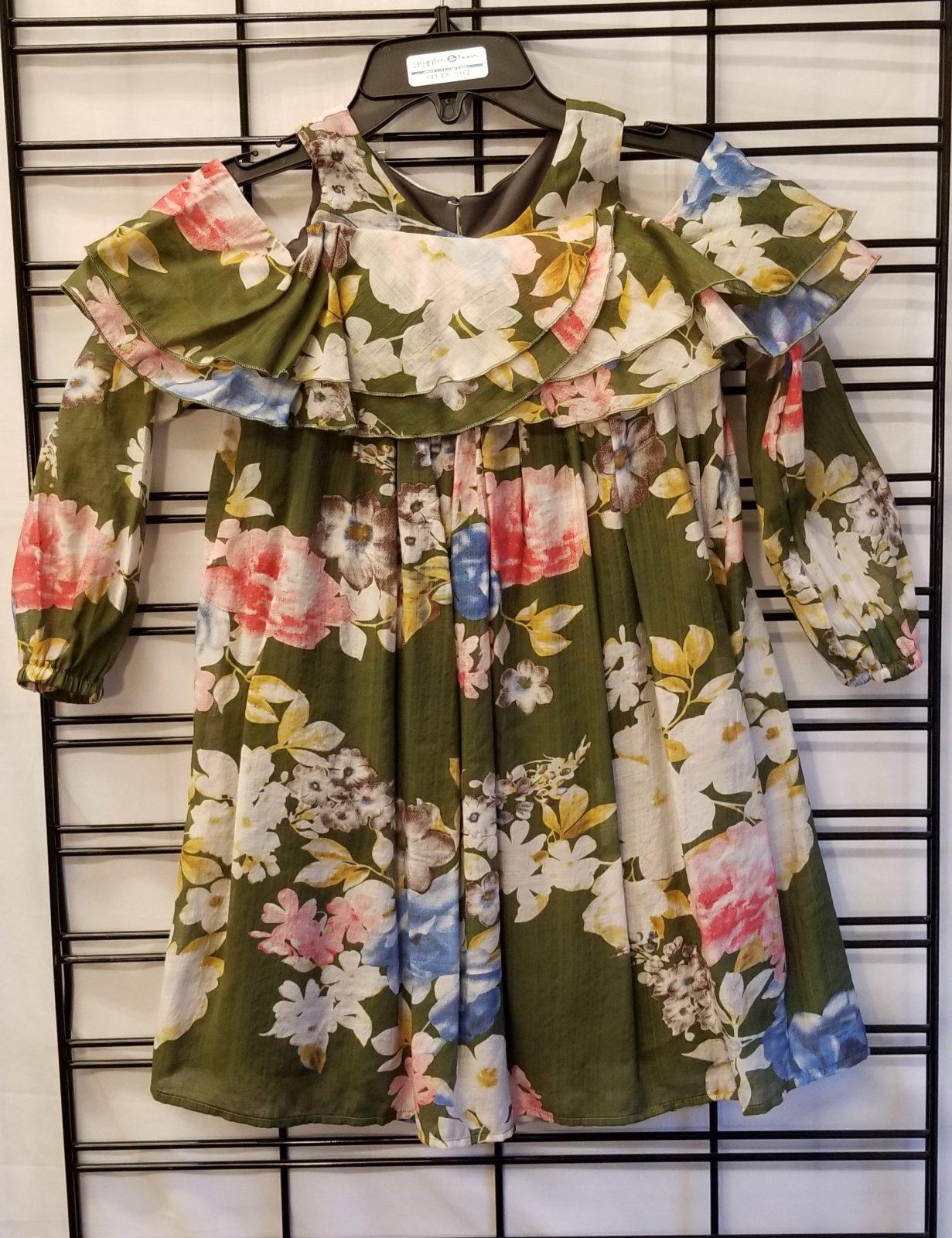 ISOBELLA & CHLOE - Cold Shoulder Moss Dress