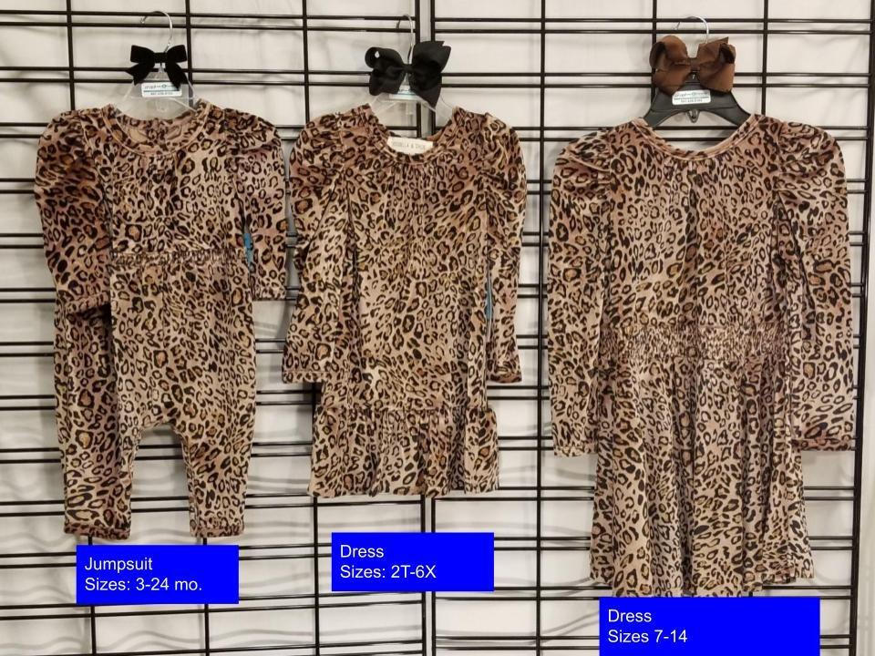 ISOBELLA & CHLOE - Wild thing velvet dress/jumpsuit