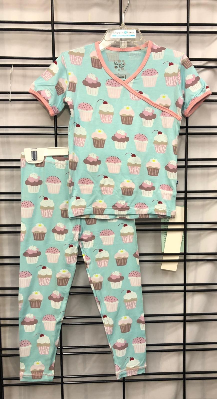 KICKEE PANTS - Summer Sky Cupcakes Print Short sleeve Kimono pajamas