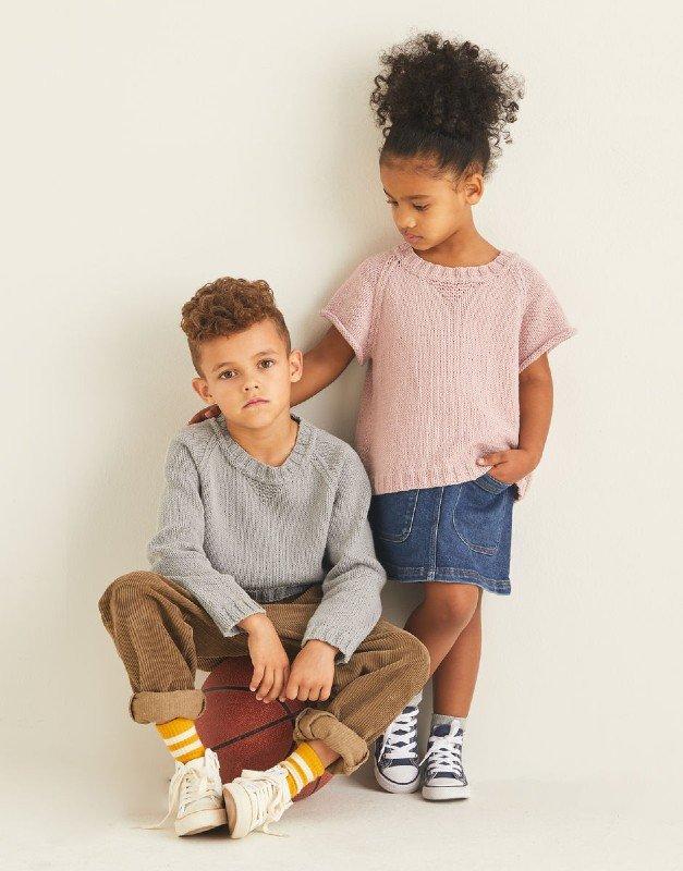 Kids Sweatshirt in Snuggly Replay DK , Design #2536 by Sirdar