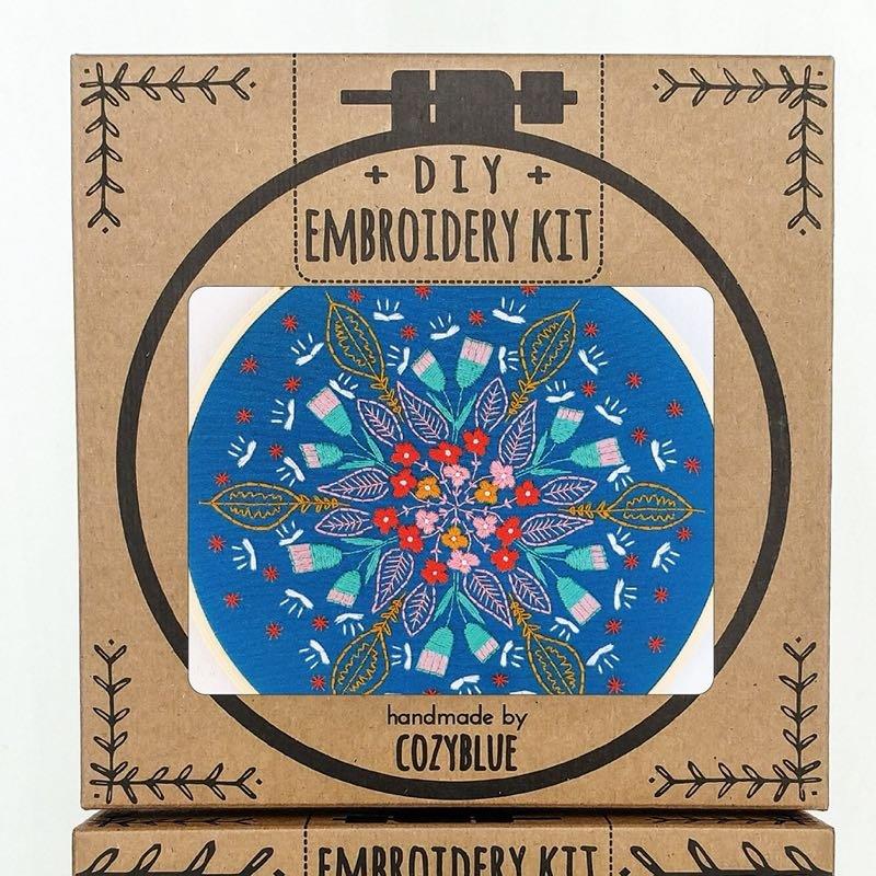 Floral Burst Embroidery Kit / Cozyblue