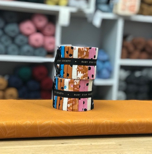 Peak Quilt-Along Kit: Lianna Junior Jelly Rolls with Copper Leaves